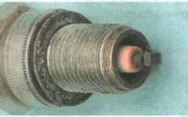 Свечи зажигания Daewoo Nexia с 1994 г.г. - проверка и замена