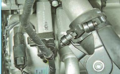 Замена термостата Hyundai Solaris (RB), 2010 - 2017 г.в.