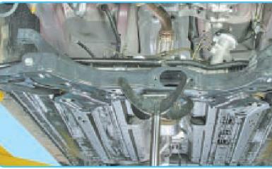 Замена передней штанги стабилизатора Hyundai Solaris (RB), 2010 - 2017 г.в.