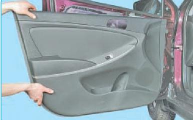 Замена переднего стеклоподъемника Hyundai Solaris (RB), 2010 - 2017
